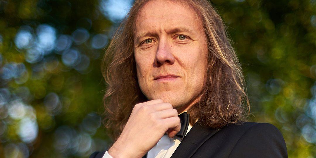 Simo Santapukin uudesta orkesteriteoksesta lisäesitys Sibeliustalossa pe 20.3.2020